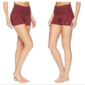{ ALO Yoga } Aura Quartz Shorts Black Cherry